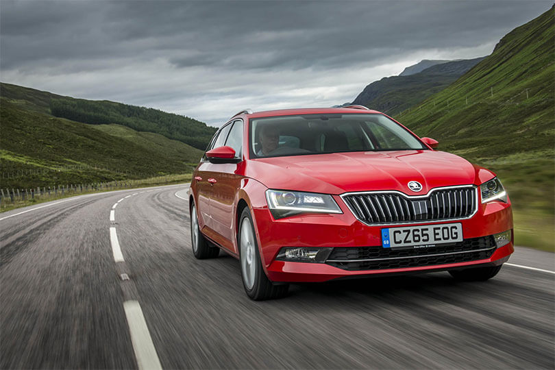 Skoda Superb main