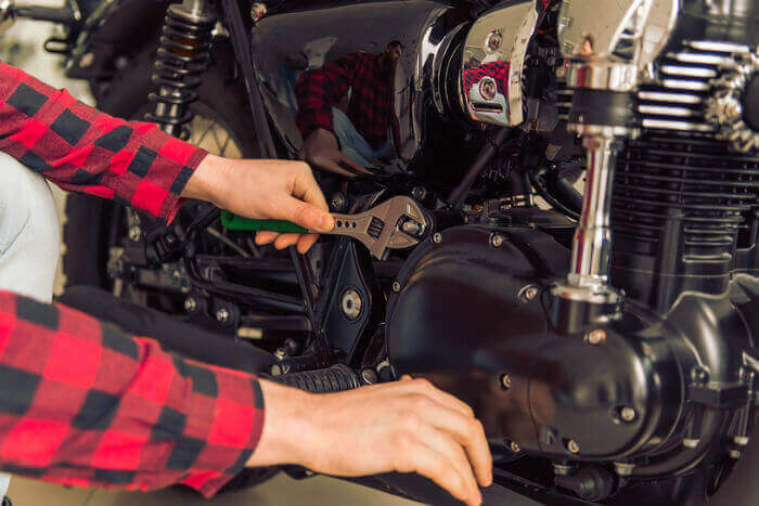 How to pass your motorcycle MOT with flying colours - Confused com