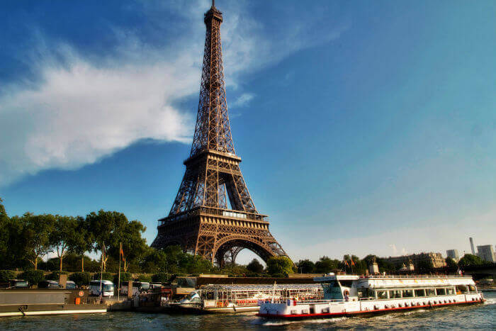 A view of the Eiffel Tower from the river Sienne